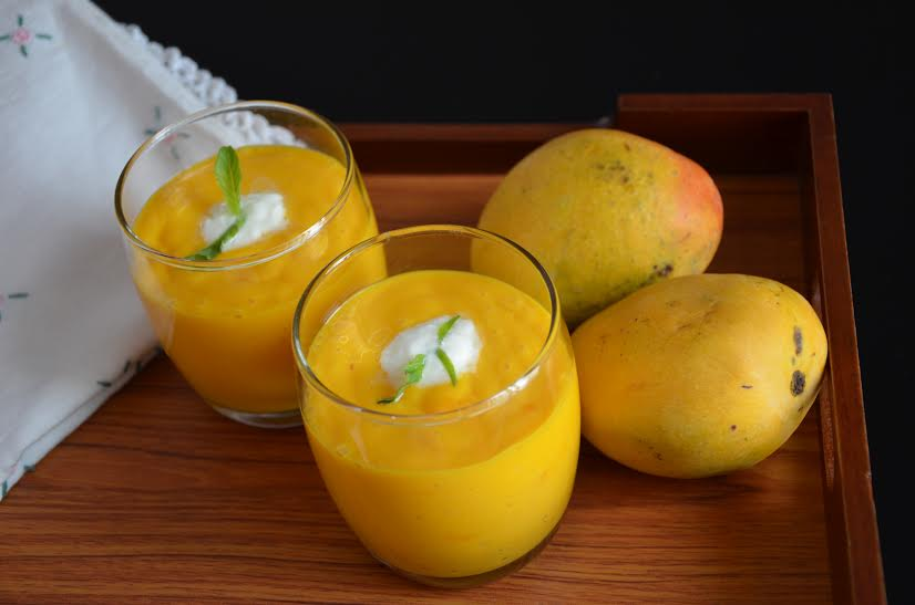 Overnight Oats Mango Smoothie