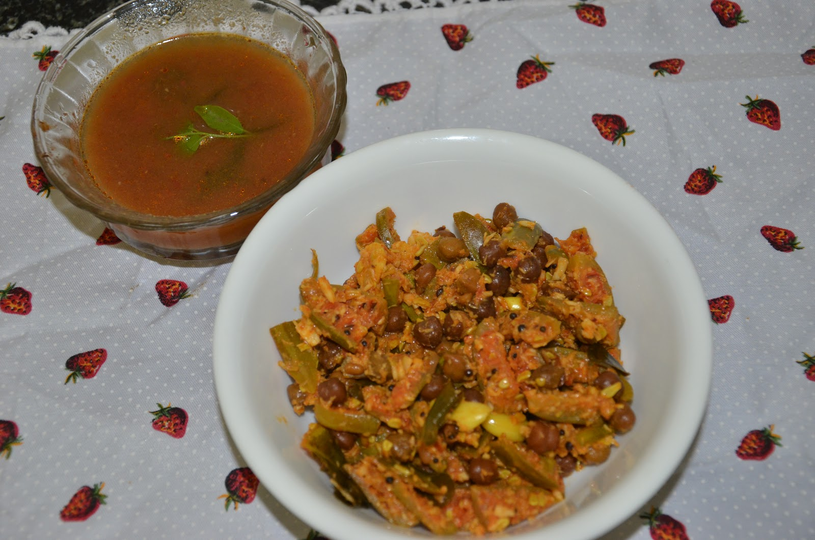 Kadale Manoli and kala channa rasam